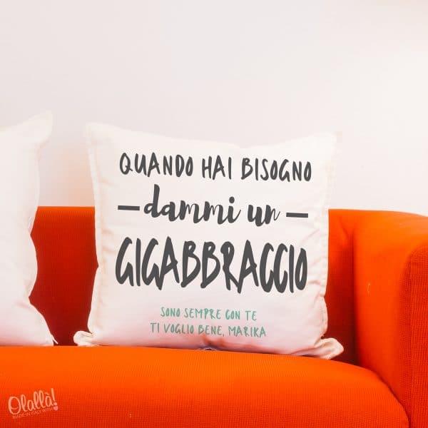 cuscino-gigaabbraccio-personalizzato