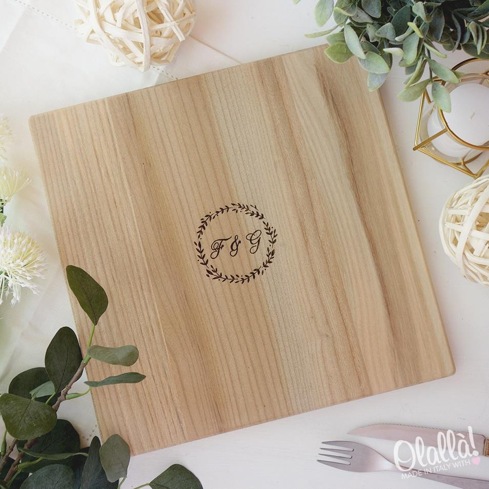 tagliere-legno-quadrato-iniziali-regalo-personalizzato-3