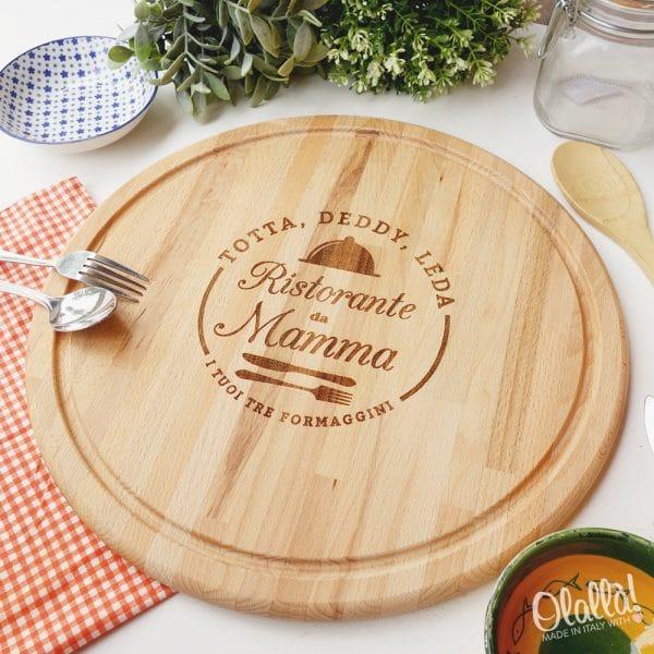 tagliere-tondo-regalo-mamma-legno-personalizzato-1