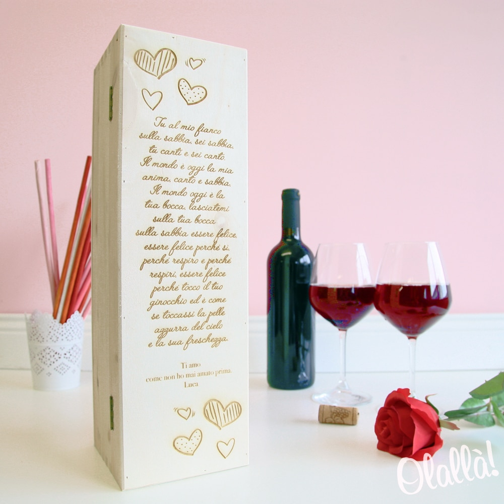 5d384850217d35 3. Una cassettina portavino personalizzata con le vostre parole d'amore, una  canzone, una poesia…