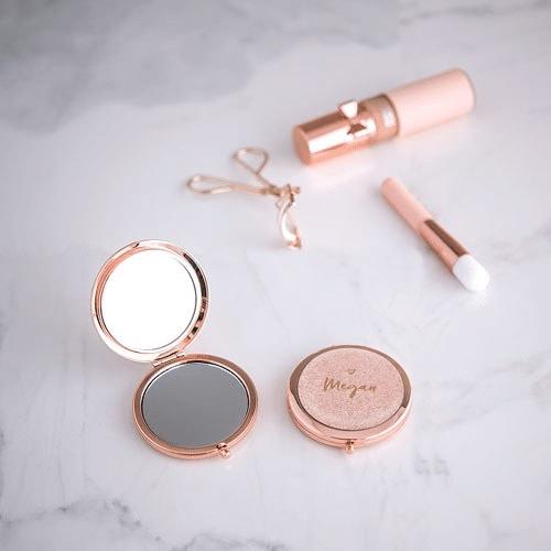 make-up-personalizzato-regalo-aziendale-donna