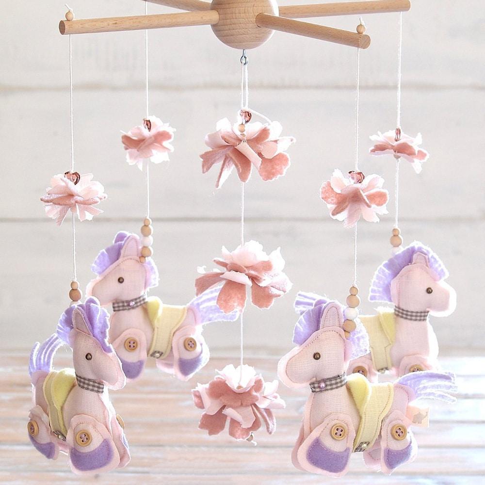 pony-colorati-giostrina-culla-regalo