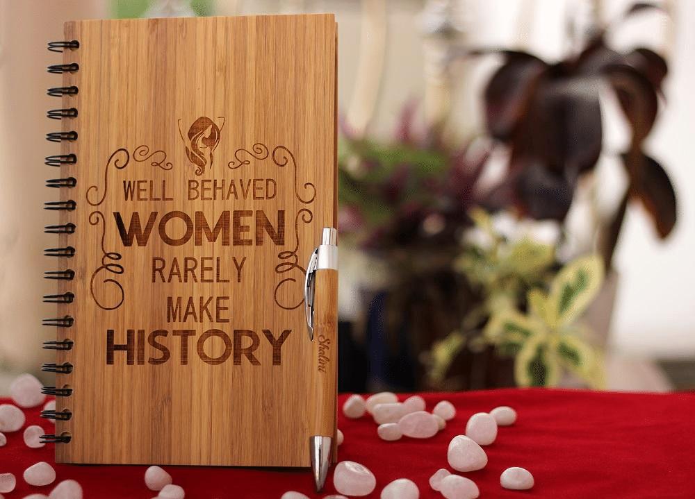 quaderno-aziendale-personalizzato-idea-regalo-donna