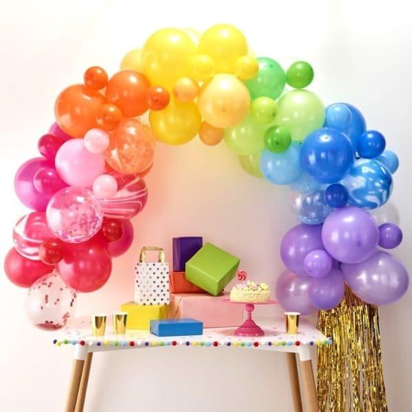 arco-palloncini-arcobaleno-compleanno-bambino