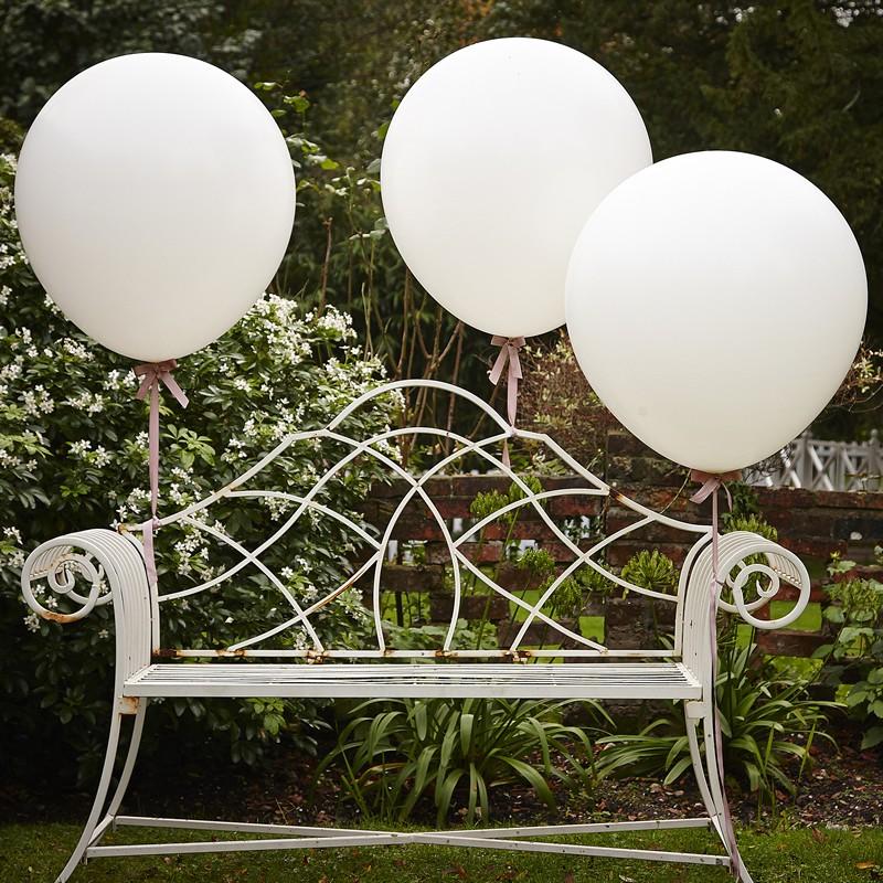 palloncini-giganti-bianchi-decorazione-matrimonio