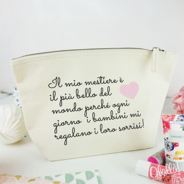 pochette-personalizzata-regalo-maestre-frase
