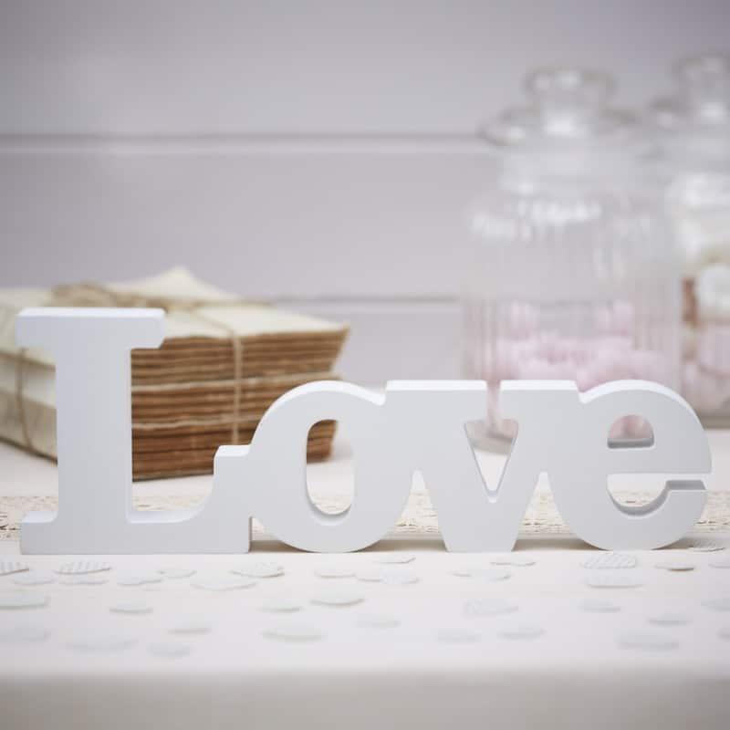 Scritta-decorativa-love-matrimon