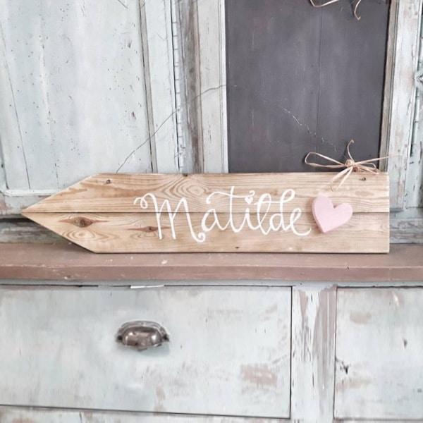 freccia-legno-personalizzata-shabby-cuore