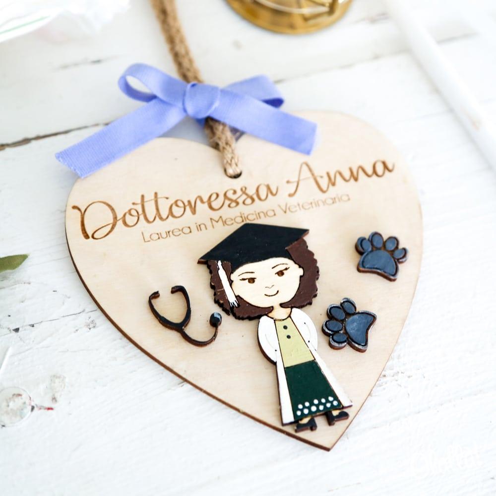 cuore-legno-ritratto-personalizzato-regalo-laurea-2