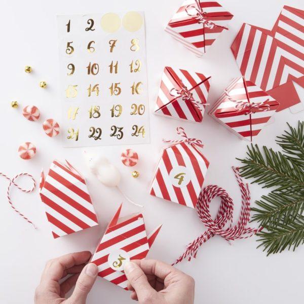 Calendario-Avvento-Fai-Da-Te-Rosso-Bianco