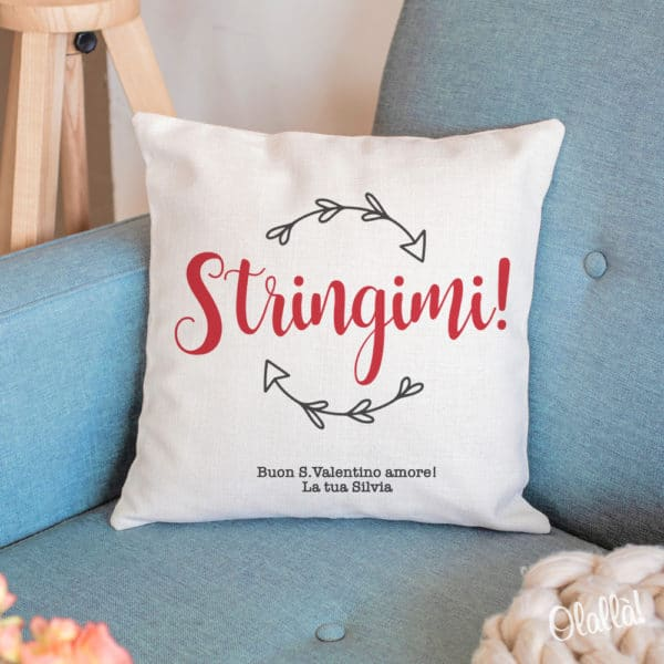 cuscino-tela-idea-regalo-personalizzata-coppia-stringimi-1