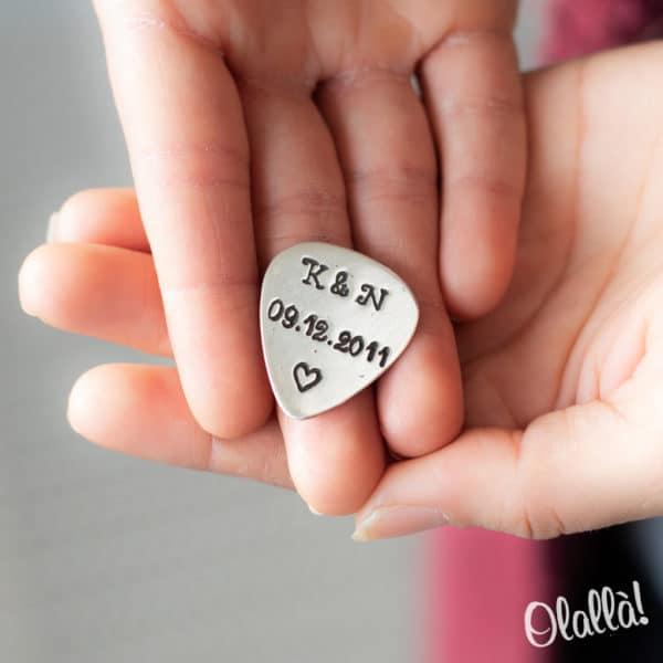 plettro-argento-frase-personalizzata-idea-regalo-2