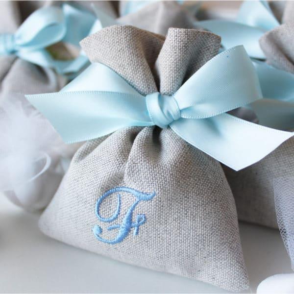 portaconfetti-sacchettino-personalizzato-ricamo-iniziale-jiuta