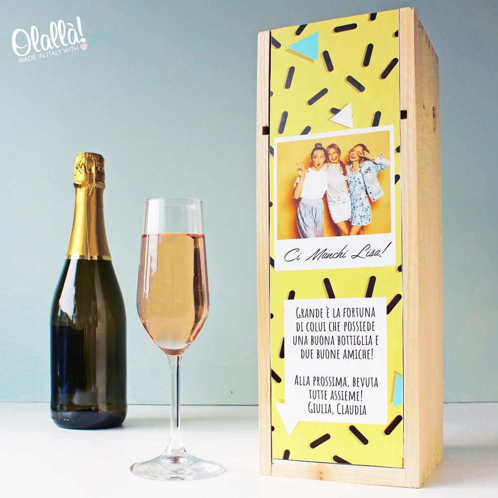 cassettina-personalizzata-immagine-amiche-brindisi-vino
