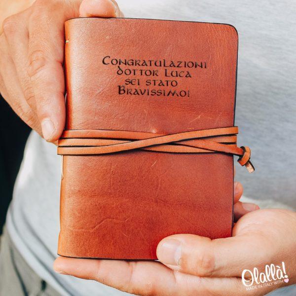quaderno-pelle-personalizzato-regalo-laurea-scrittore-motivazionale81