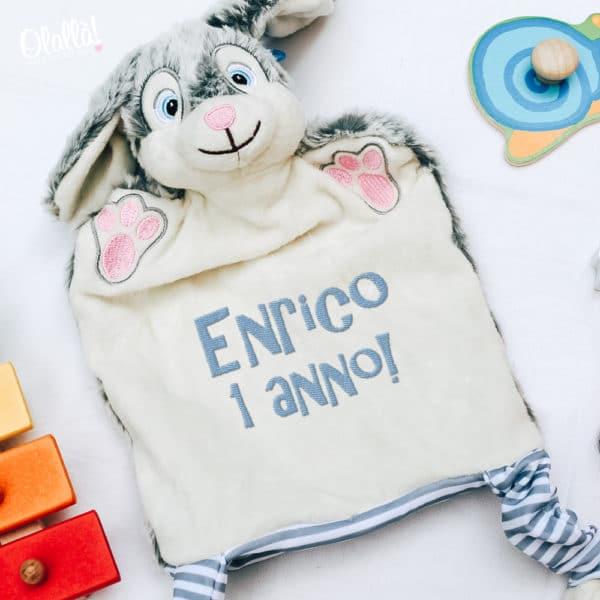 marionetta-coniglio-personalizzata-ricamata