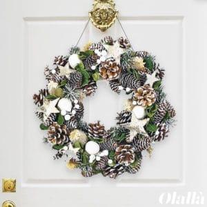GHIRLANDA-natalizia-porta-corona-rotonda-pigne-stelle-fiori