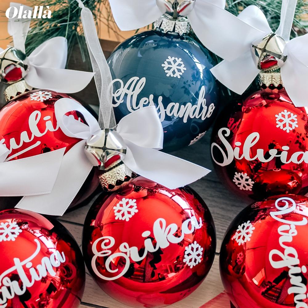 Immagini Palline Natalizie.Pallina Di Natale In Vetro Personalizzata Con Nome E Fiocchi Di Neve Olalla