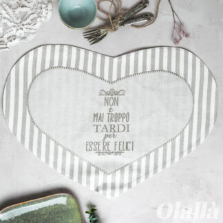 tovaglietta-tavola-cuore-idea-regalo-personalizzata-tardi-felici